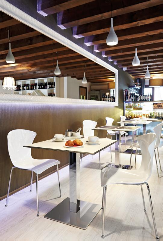 Preferenza Illuminazione bar Lampade per bar a sospensione e da parete | Fabbian YQ76